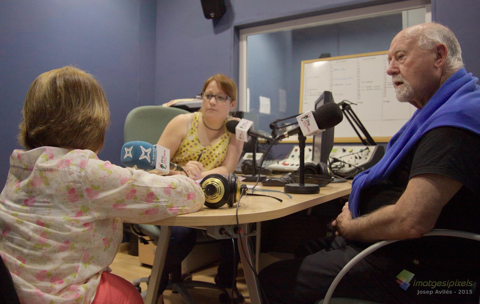 entrevista_radio_ona_torredembarra_silvia_jane2